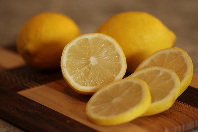 lemon repel fleas